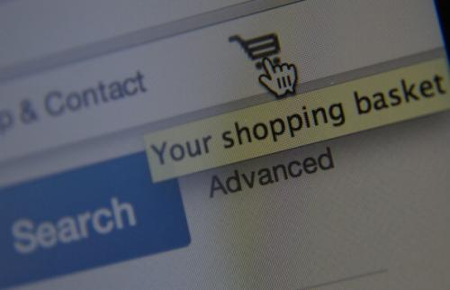 Ask A Houston Expert: Tips On Finding Deals Shopping Online