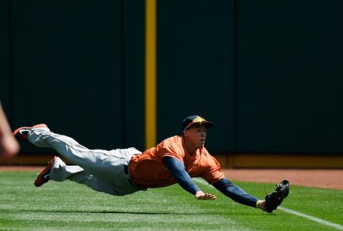 Astros Lose 6th Straight In 4-1 Loss To A's