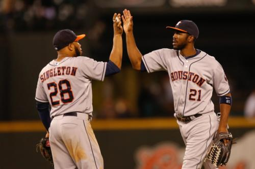 Astros Take Down Mariners 2-1