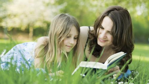 Best Books To Give Mom For Mother's Day