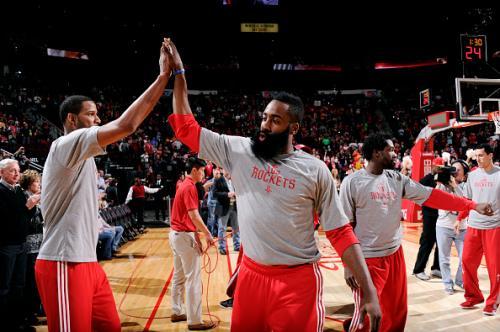 Harden's Triple Double Lifts Rockets Over Pistons