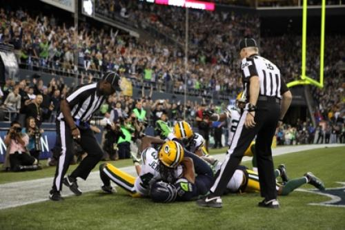 Packers Rip Replacement Refs On Twitter Following Controversial Loss